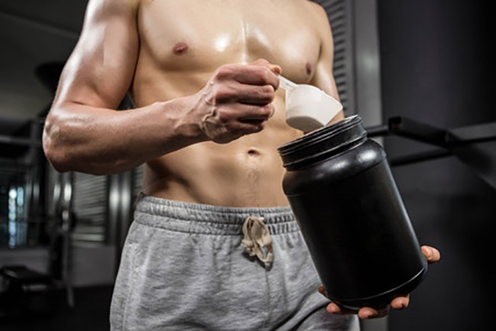プロテインの副作用、肝臓がヤバいってホント?