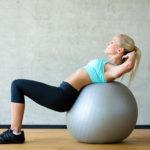 【初心者】マジで腹筋を割る!自宅でできる正しい腹筋の鍛え方3バランスボールが大活用!!