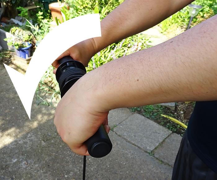 前腕筋を鍛える!! 最強リストローラーで手首の鍛え方・握力・前腕の筋トレ効果を検証!!