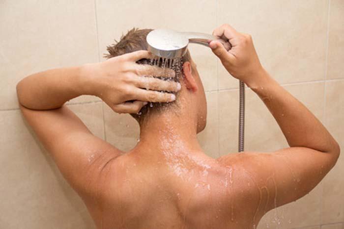 体臭・汗臭・加齢臭対策。加齢臭は侮れない、早い人は20代後半から