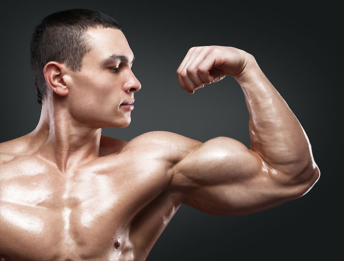 【上腕三頭筋】腕を太くする効果的な筋トレ・鍛え方!