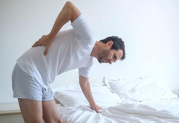 お酒を飲んだ翌日に筋肉痛に?「急性アルコール筋症」の対策と対処