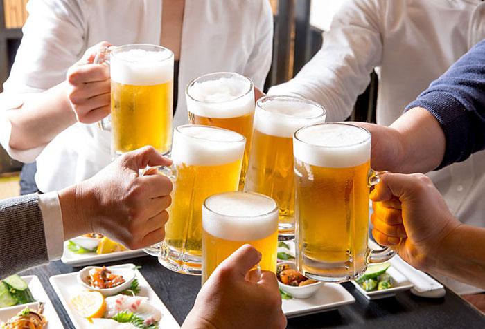 筋肉が落ちないアルコール摂取量、筋トレマニアも飲んでいいお酒の量とは?