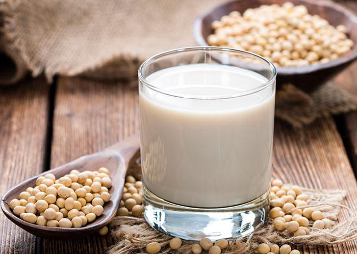 【ソイプロテインの特徴】飲むタイミングなどダイエット系プロテインなのは本当か?