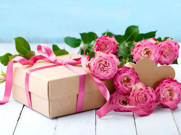 まだ間に合う!喜ばれる母の日のプレゼント。お花やギフトを贈って感謝を伝えよう!